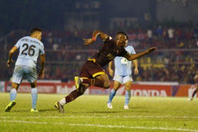 PSM Makassar Taklukkan Persela Lamongan dengan Skor 2 -1