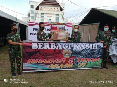 Peduli Warga Terdampak Bencana Gempa Sulbar, Akmil Angkatan 91 Serahkan Bantuan